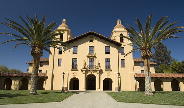 Stanford Tours to End at Ye Olde Unione Gifts