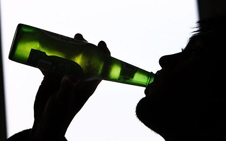 Stanford Falls Behind in Alcohol Consumption Rates