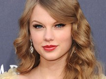 Celeb Sighting!  Taylor Swift Spotted with Vice President Joe Biden