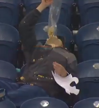 Out of Alcohol, Despondent Area Man Drowns Sorrows at Bottom of Plastic Sleeve of Kettle Corn