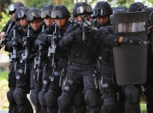 Students Mistake Police Raid For Dorm Storm in Unfortunate Misunderstanding