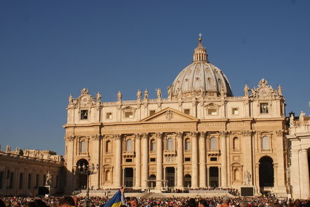 Cardinal Confessions Surges in Popularity in Vatican