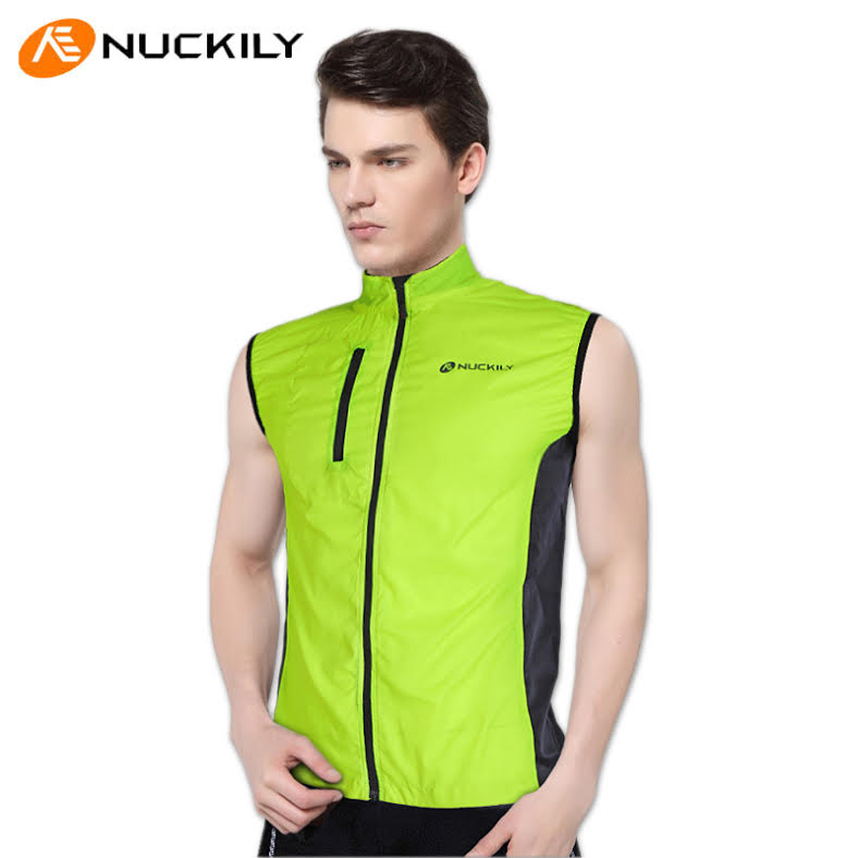 Student Wearing Reflective Bike Gear is Fucking Invincible