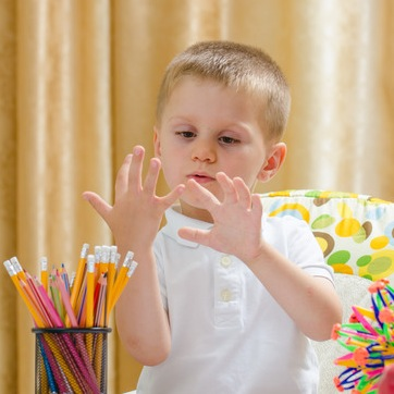 Study Finds Poor Math Scores Correlated with Number of Fingers Missing