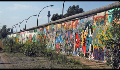 Graffiti Taggers Mourn of Loss of Berlin Wall