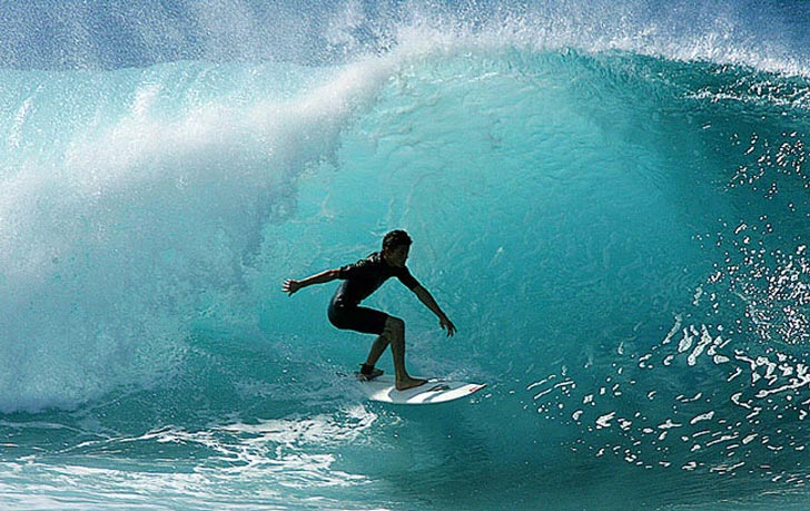 Pro Surfer Dies During Car Ride to Big Wave Surfing Competition