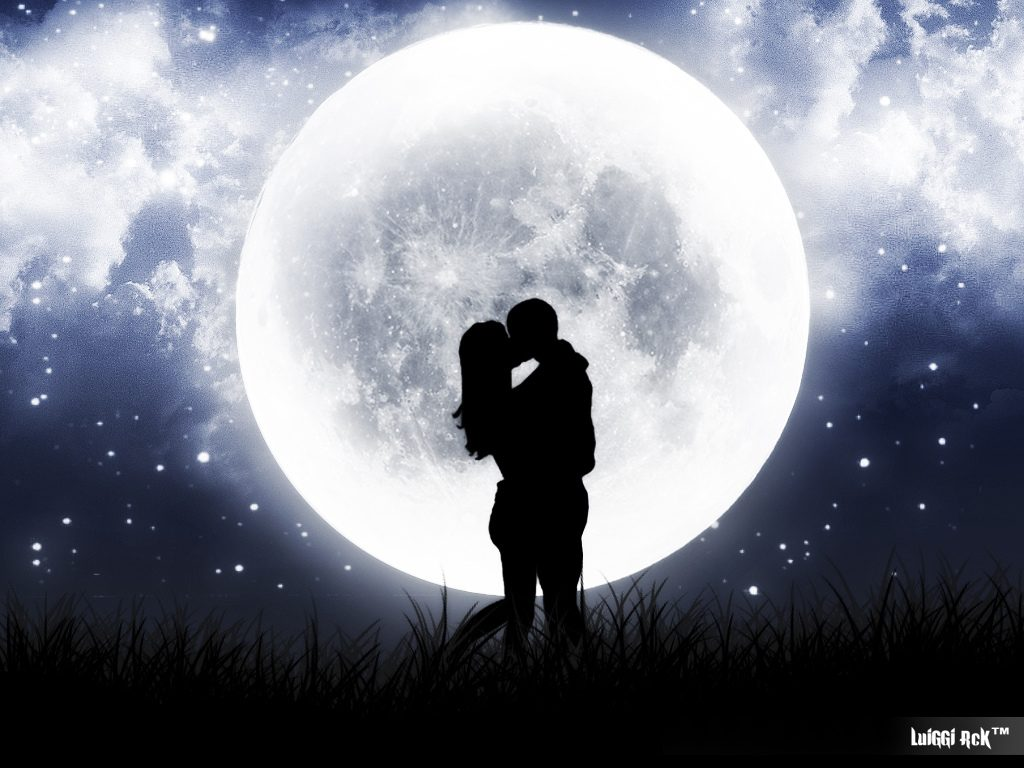 BREAKING: Lovers Exchange Heartfelt Poems and Roses Under a Romantic Full Moon