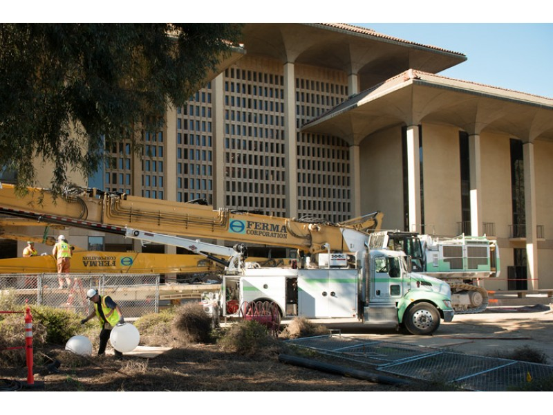 Meyer Library Drops 50 Tons, Feels Like a Whole New Building