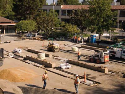 Stanford Installs Roadblocks, Spears In White Plaza